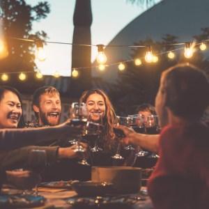 outdoor dinner party wine cheers