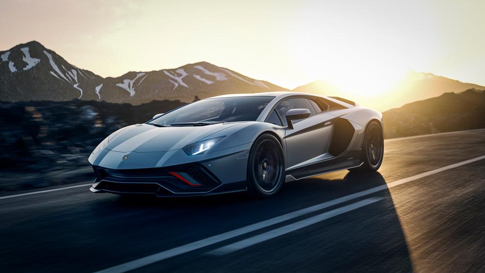 The 2022 Lamborghini Aventador LP 780-4 Ultimae supercar.