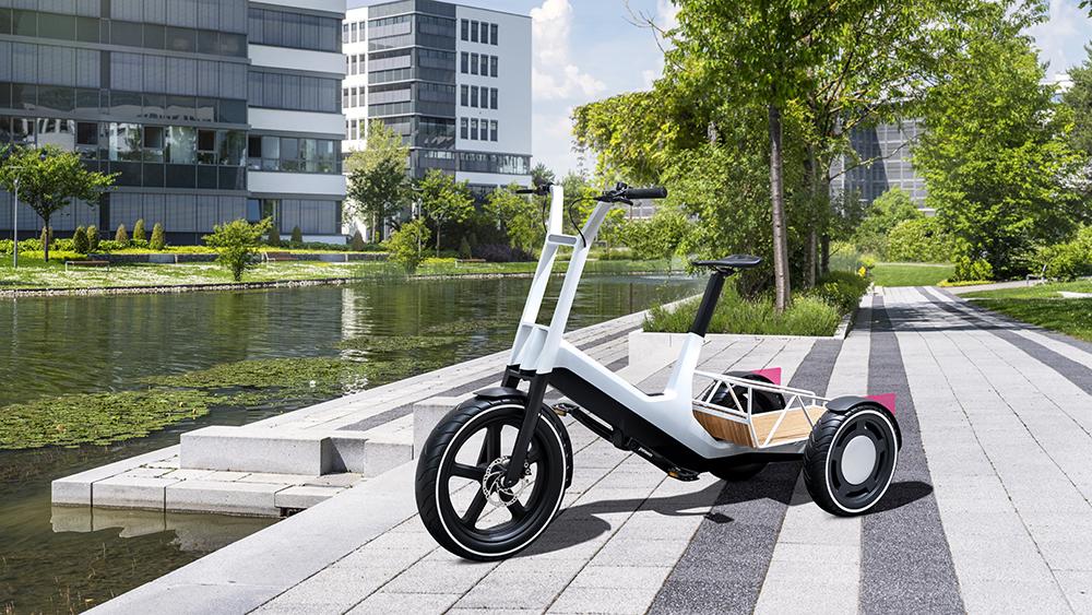 BMW Dynamic Cargo Trike