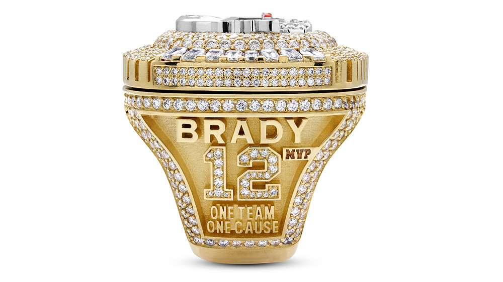 Tom Brady S Super Bowl Lv Ring Has A Solid Gold Bucs Stadium Inside It Robb Report