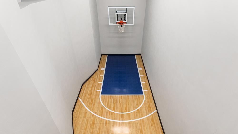 New York Townhouse, Basketball Court