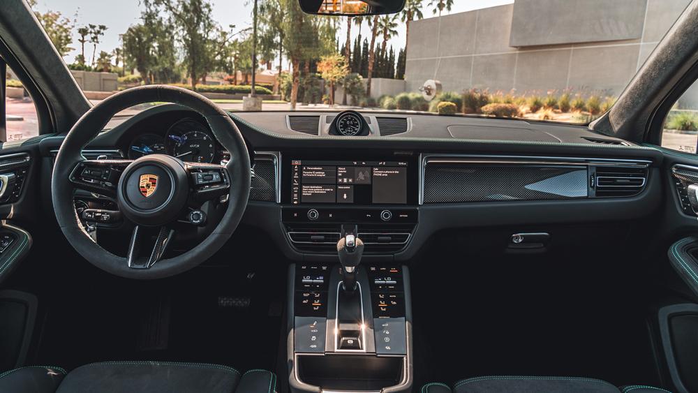 The interior of the 2022 Porsche Macan.