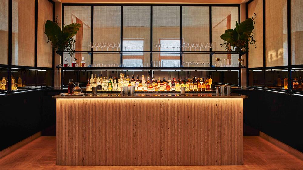 saga nyc bar