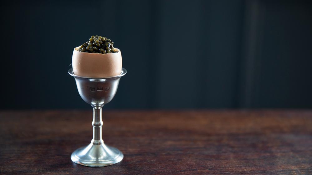 soft scrambled eggs caviar shell manzke