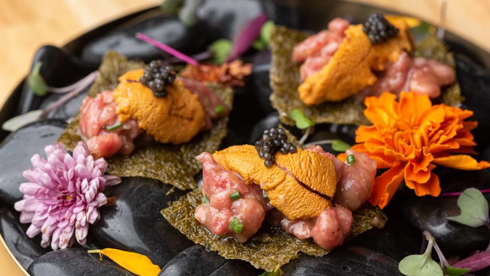 seaweed uni caviar a5 beef
