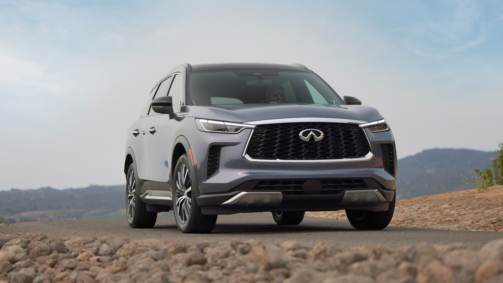 The 2022 Infiniti QX60 driving through Northern California's wine country.