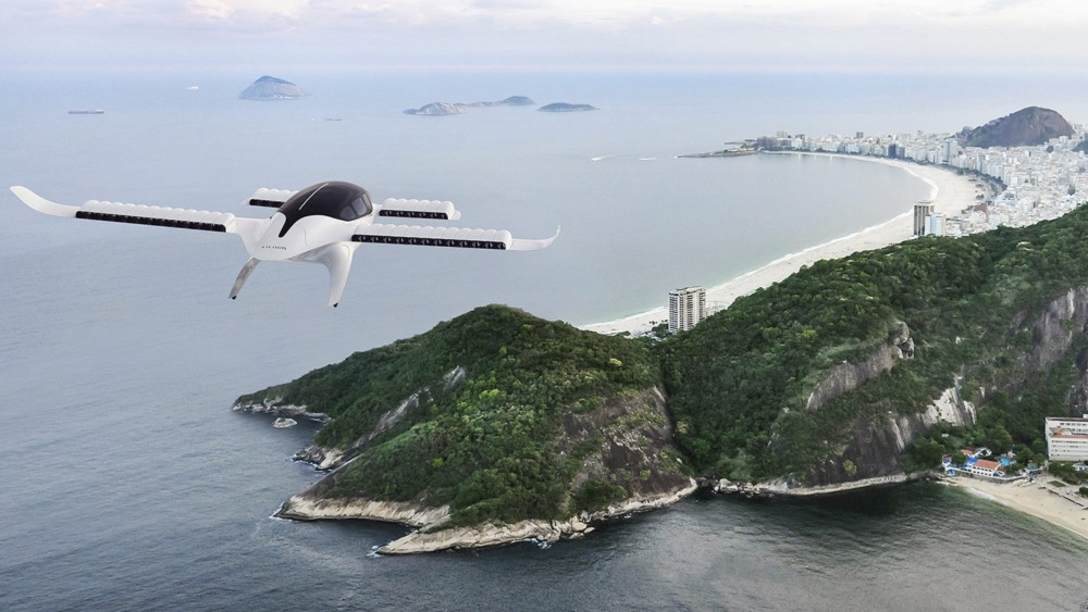 Lilium demonstrator makes quiet test flight
