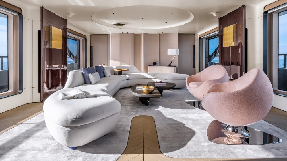 The Azimut Grande Trideck is the new flagship of the Italian boat brand.