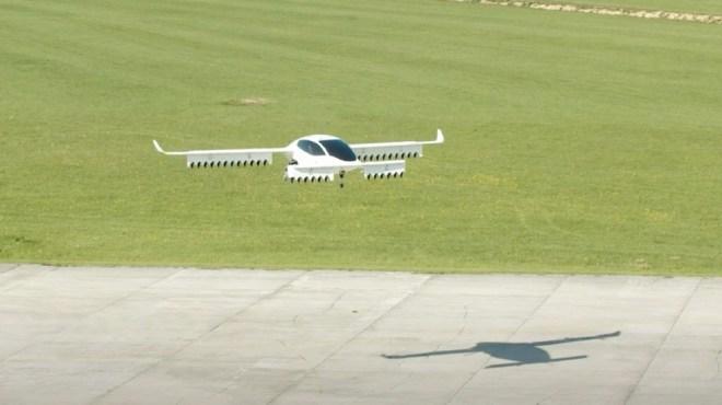 Lilium fifth-generation demonstrator makes quiet flight