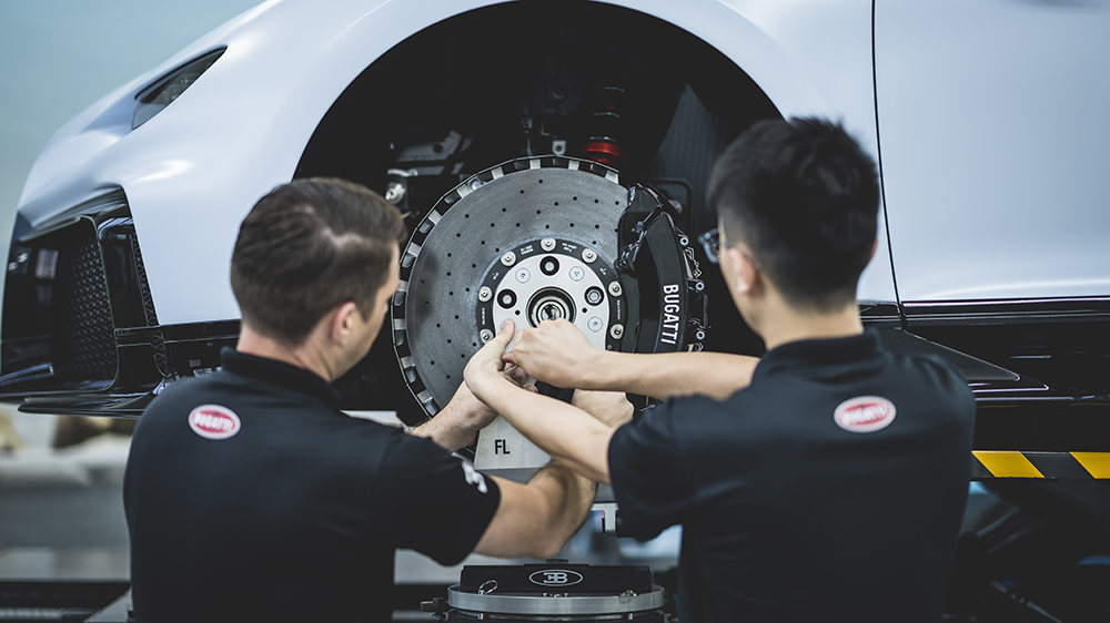 The Bugatti Chiron Pur Sport being serviced
