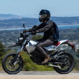 Riding the 2022 Zero FXE electric motorcycle.