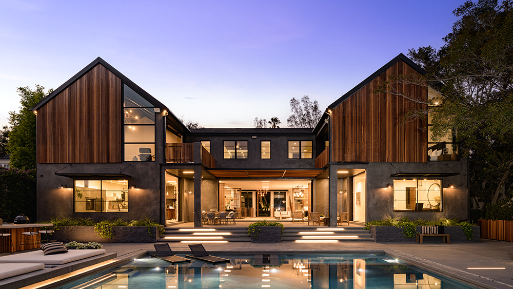 This $22.5 Million Los Angeles Home Has 6 Fire Pits. One of Them Is in the Pool.