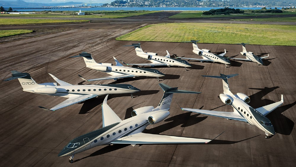 Gulfstream introduces the new G800 and G4