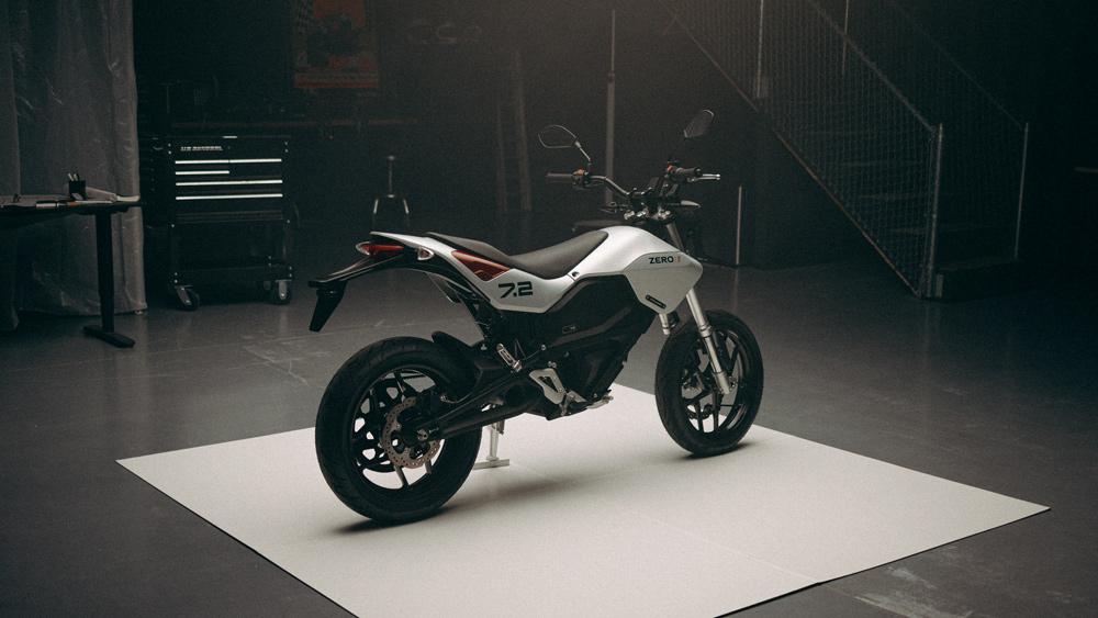The 2022 Zero FXE electric motorcycle.