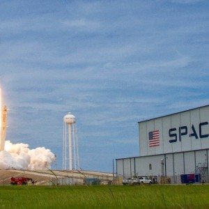 SpaceX has a much higher long-term valuation than Tesla according to Investor firm Morgan Stanley
