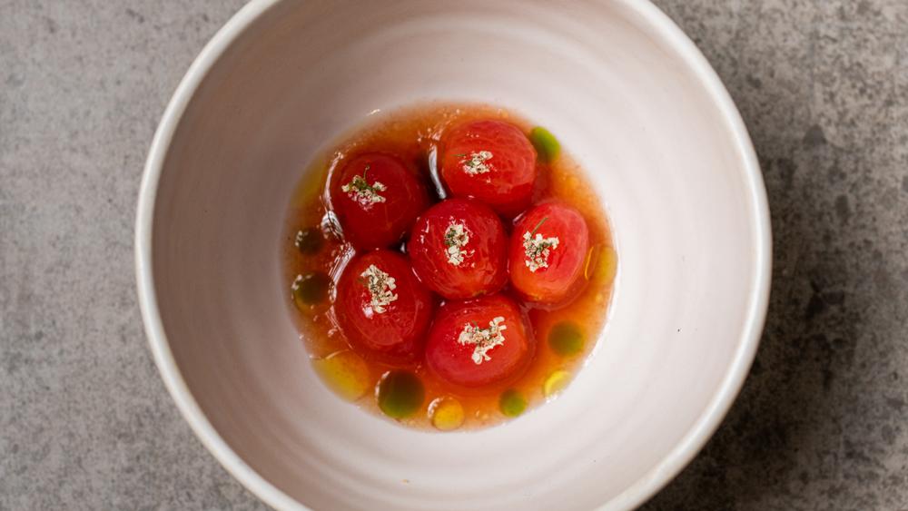 Tomo Seattle tomatoes